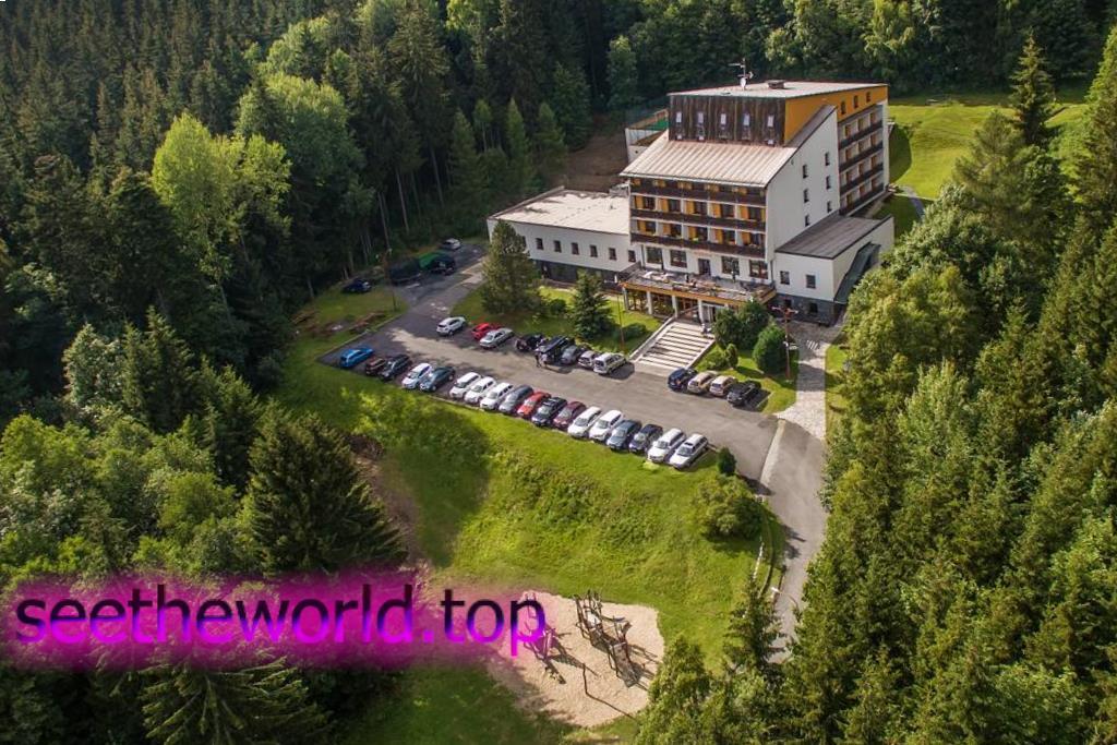 Гірськолижний курорт Карлов - Мала Моравка (Karlov-Malá Morávka), Чехія